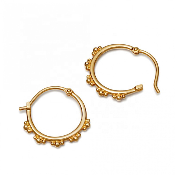 SILVER CARTILAGE HOOP EARRINGS $5.90
