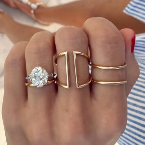 SILVER DOUBLE BAND GOLD FINGER RING  $7.20