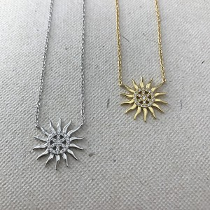 Silver sunshine necklace